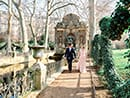 beautiful winter vow renewal in paris with picture me paris